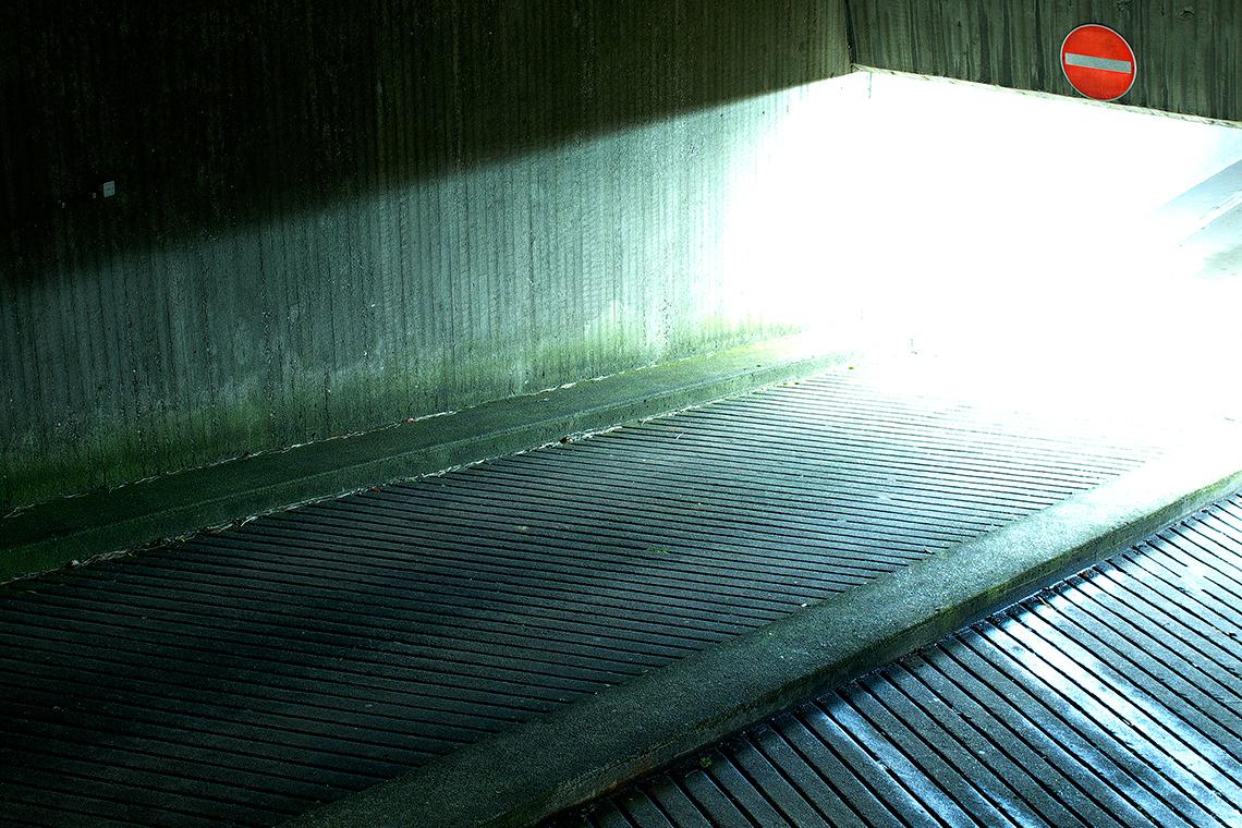 Karsten Rohrbeck: Lichthöhle 6