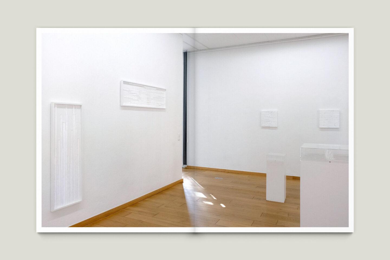 Kunstkatalog für Dagmar Lutz: Linie Raum Licht (Bsp. Innenseite 4/12)